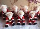 So cute - little Santas ready for the big day. by Dees Cakes Bakes