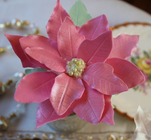 Poinsettia Cupcake Tutorial