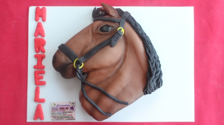 horse cake in mexico