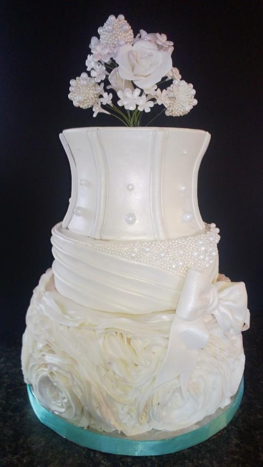 Ruffles and pearls Wedding Cake