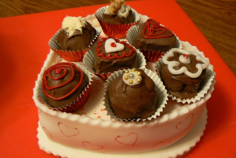 Heart Candy Cake Box