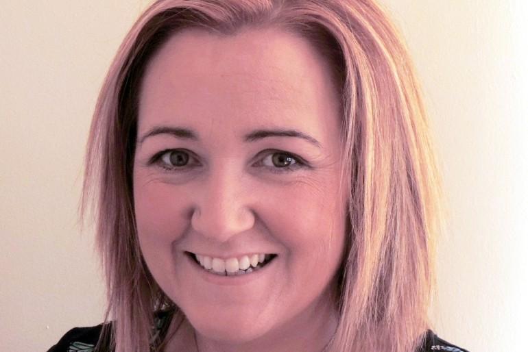 Charlotte Gillane (Ireland) – Learn How to Make Cake