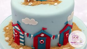 Beach Hut Cake Decorating Tutorial | Seaside Moulds Collection